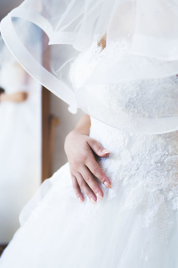 Wedding Nails Nails Wedding Wedding Photography Wedding Details Detail Details Hand Wedding Dress Wedding Nail White Color