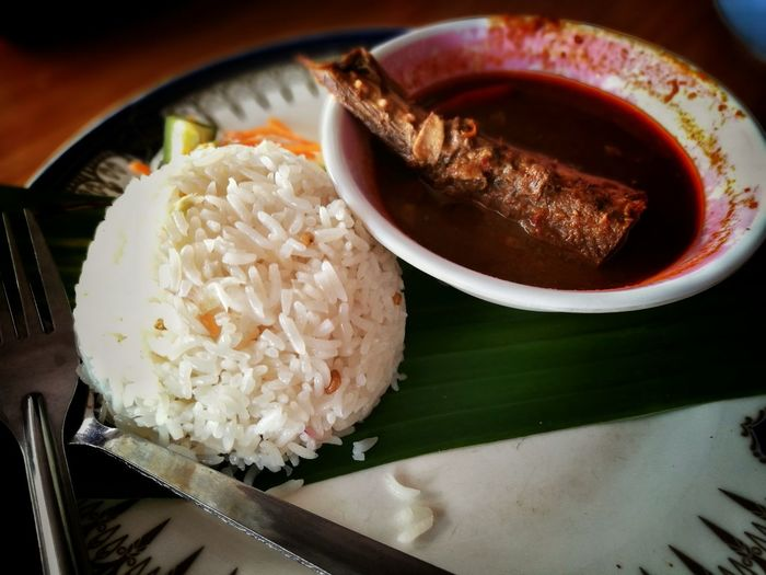Nasi Dagang Terengganu .. Food Eyeemphoto Zikayzander 31 August Delicious Spices Colour Of Life HuaweiP9 Photography Hanging Out Breakfast Time Malaysia Malaysian Food Truelyasia