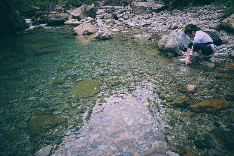 The Great Outdoors - 2017 EyeEm Awards Real People High Angle View Day Outdoors Water Men Lifestyles Nature People Adult Young Adult Leisure Activity Growth Sommergefühle