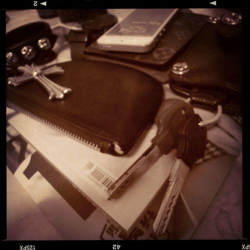 Chrome Hearts Louis Vuitton Visvim 每每回家東西最喜歡堆在一起~????