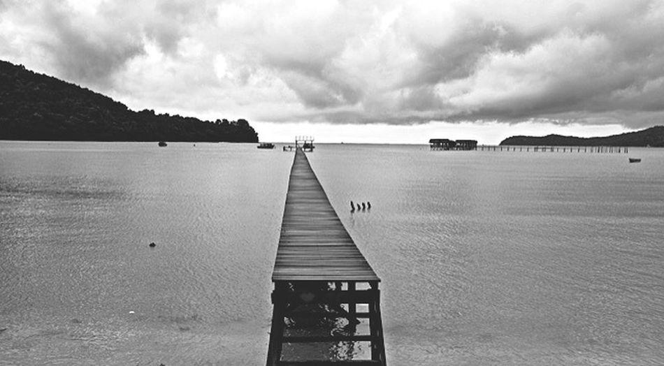 Taking Photos Black And White Life Is A Beach BorneoLandBelowTheWind