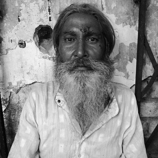 He told me stories of his joyful youth, Living the memories of his past, He lost his all but kept his will, But the eyes don't lie, the eyes don't lie. Indian Igers Ig_Delhi Faces Wanderlust Exploring Experiences VSCO Vscophile Vscoindia Vscocam Vscogrid Vscodaily Vscoedit Vscogood Vscogram Vsco_hub Vscogallery Vscolover Instaedit Instapic Instadaily Poetry Poetrycommunity Instapoem instapoetry words prose poetsofinstagram poetsofig