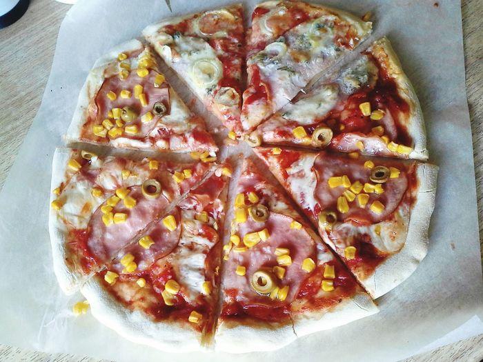 Homemade Pizza Corn Cheese Ham In My Mouf Nomnomnom Olives Sugo
