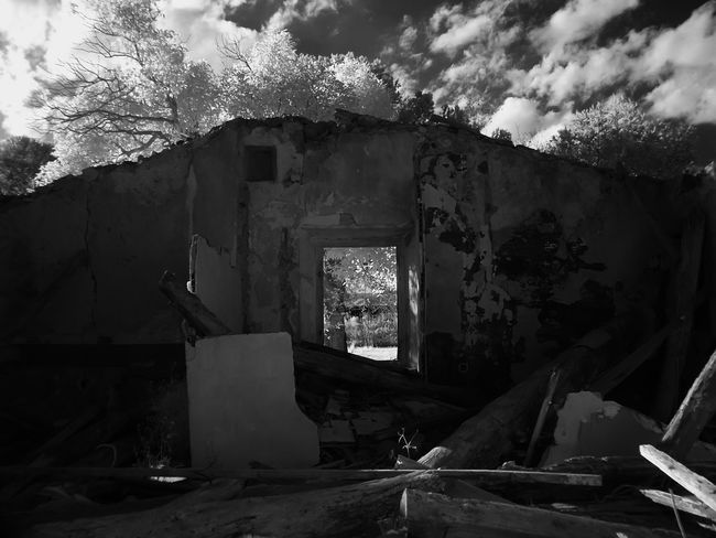 Abandoned Abandoned Country House Architecture Bad Condition Damaged Day Destruction No People Run-down Rural Zone