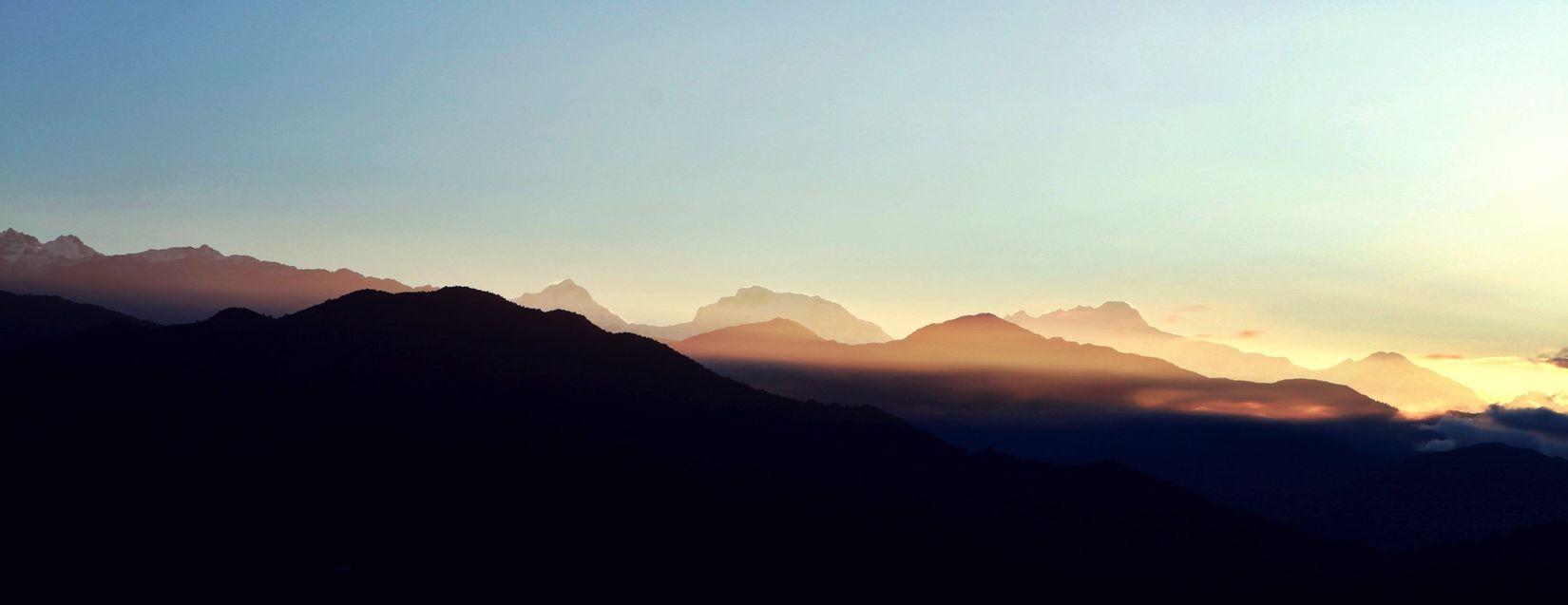 Nepal Memory Of Travel 2014 Travel taken at porkara ❤️拍于博卡拉 the mountain is awake under sunlight