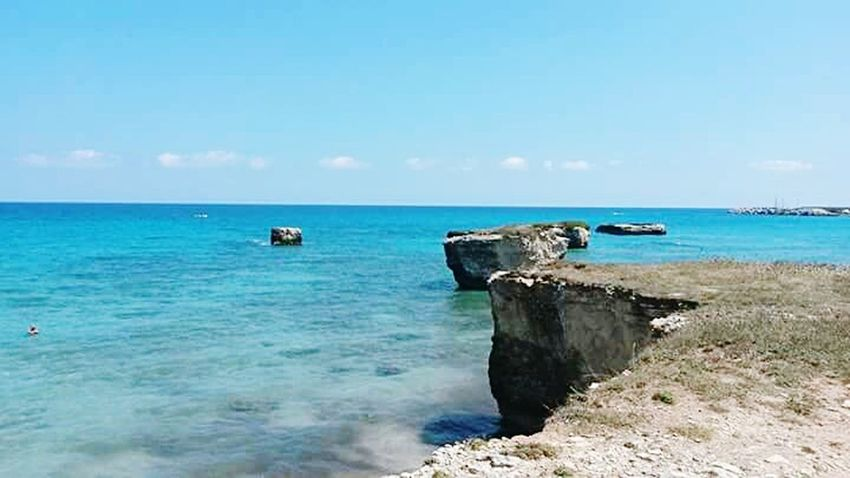 Italia Italy❤️ Italie Nature_perfection Nature Italy Beach Beachphotography Beach Photography Beach Time Pic EyeEm Gallery Eyemphotography Salento Detail Details And Colors Natura EyeEm Nature Lover Scogli Scogliera Mare Mare ❤ Cliff Reef