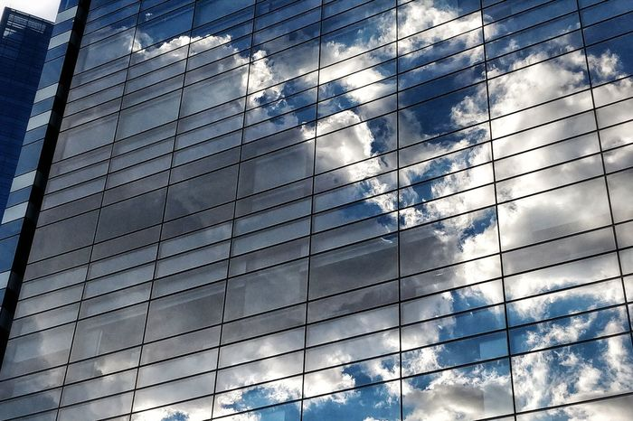 Reflex Mirror Mirror Reflection Sky Sky And Clouds Cloudy Cloudy Day Cloudy Sky Windows Glass Office Building LINE Building Shattered Glass Settlement High Rise Exterior Tower Infrastructure
