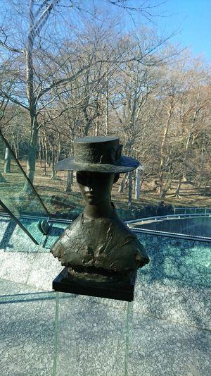 彫刻 箱根湯本 箱根 ポーラ美術館 帽子 ブロンズ像 Nature Sky Close-up