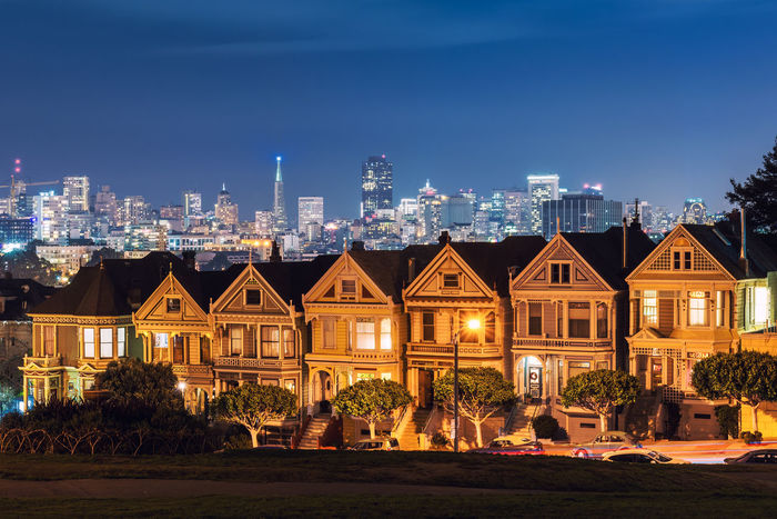 Alamo Square California Full House San Francisco Skyline Steiner Street USA Victorian Houses Night Painted Ladies Transamerica Pyramid