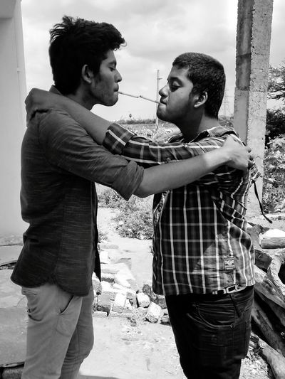 Friendship is the cure to every bad feeling. It is the conduit to the advent of good ones. It brings out the best in us. Enjoying Life Cigarette  Live Love Life Potrait Of Friendship Friends_spotlight Blackandwhite Blazing