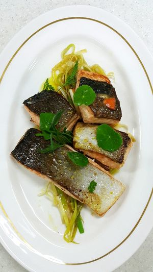 Cooking Salmone