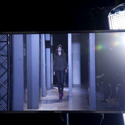 John Galliano backstage PFW15 Pfw Rtw backstage models fashionphotography fashionshow fashion schonmagazine