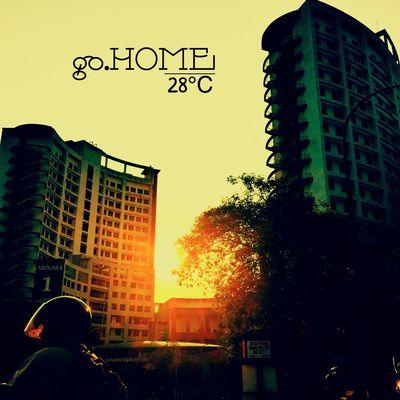 going back.. home sweet home.. Class Studying Malaysia EyeEmMalaysia Uitmdihatiku Uitm Iphoneonly Iphonesia Sunshine Evening