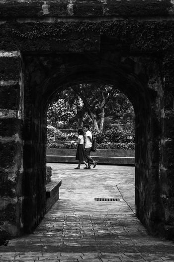 Framed Black And White Bnw_captures Bnw_collection Eye4photography  EyeEm Gallery Eyeem Philippines Frame It! Framed Perspectives Street Photography Streetphoto_bw Through The Window