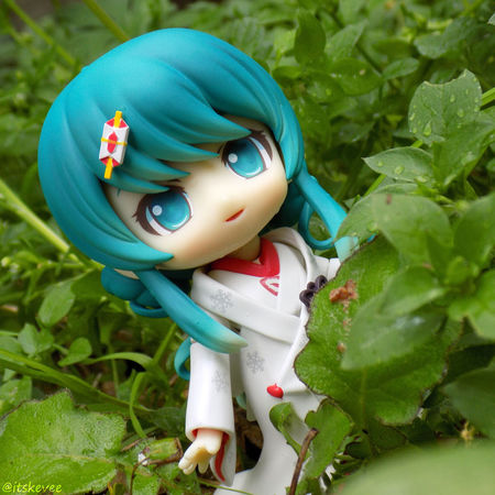 Miku :3 Close-up Cute Focus On Foreground Grass Green Color Multi Colored Nature Outdoors Plant Toy Hatsune Miku Miku Hatsune Anime Toyphotography Outdoor Photography Art Selective Focus 初音ミク Snow Miku ねんどろいど Nendoroid