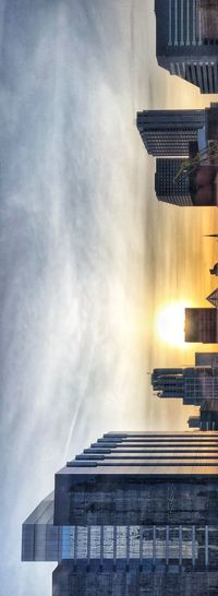 ☀️Sideways sunrise ☀️ Urban Skyline Sunup Sunnyday Sunlight Sunrise Skyline Chicago Clear Sky Architecture Building Exterior Built Structure Sky Cloud - Sky City Building Low Angle View Day Skyscraper Reflection Office No People Outdoors