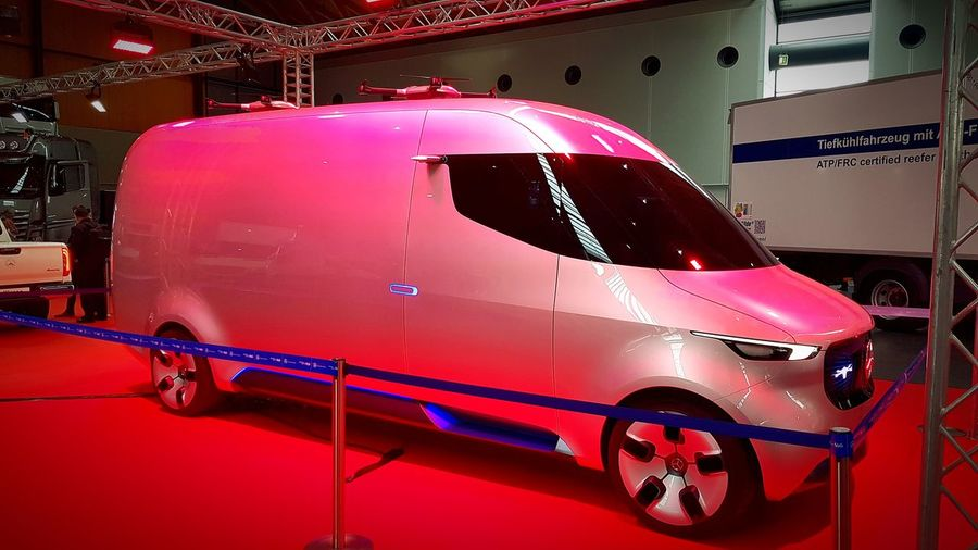 Mercedes Transportation Mercedes-Benz Studie Vision Van Taking Photos Crazy Car Electric Car Drohne Mode Of Transport Messe Nufam