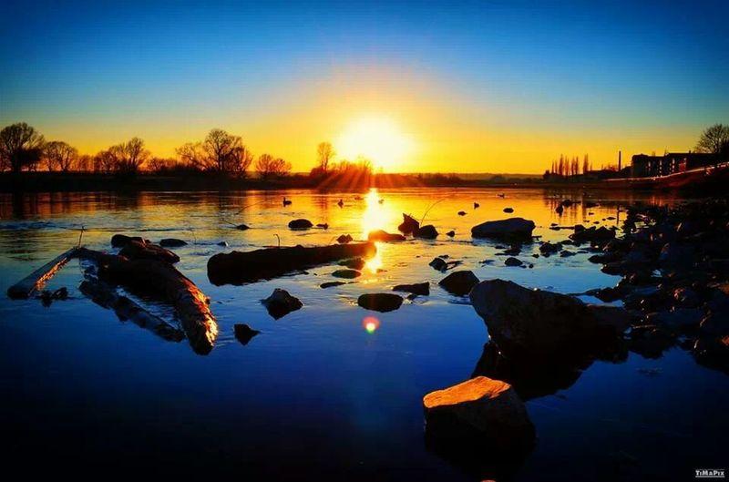 HDR Sunset Elbufer Dresden