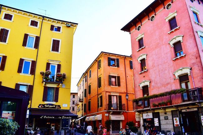 PeschieraDelGarda Italy Lake Lago Italia Case Colori Colours