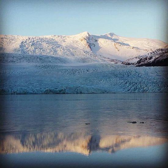 Glaciar mirror Iceland