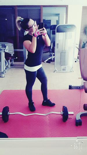 workout time !!! Gym Sports Training Sport Lifestyles Exercising Sports Clothing Love ♥ EyeEm Best Shots Smiling Happiness Illbeok Today's Hot Look EyeEm Gallery Turkey Cheese! OpenEdit Smile ✌ Likeawitch Fitness Motivation ! Fitnesstrainer Nopain Workout Fitnesstime❤ FitnessTraining Befit