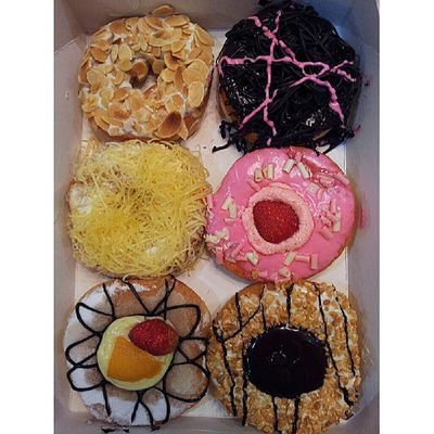 Selamat berbuka puasa :) Doughnuts Foodstamping Instafood Bigapple