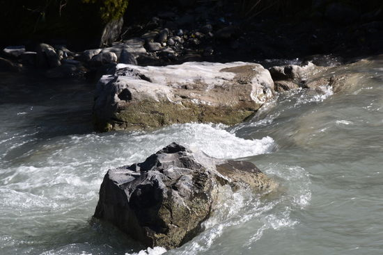 Schweiz Berner Oberland Bernese Oberland Fluss Kander River Switzerland Wasser Water Wildwasser Wildwater