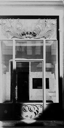 The Presence Eyeem Photography Eyeem Photo Color Eyeem Best Shots Eyeem Gallery Light And Shadow Shades Of Grey Creative Light And Shadow Shades Of Grey Black And White Photography Monocrome EyeEm Gallery People Watching