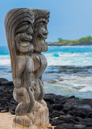 ©Amy Boyle Photography Art Art And Craft Beach Beauty In Nature Carving - Craft Product Clear Sky Creativity Day Focus On Foreground Hawaii Hawaii Life Hawaiian Nature Outdoors Scenics Sculpture Sea Shore Solitude Stone Material Tranquil Scene Tranquility Vacations Water Wooden