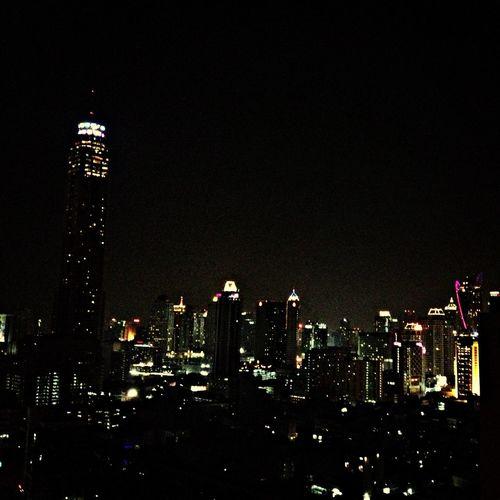City line Skyscraper Bangkok Nightphotography