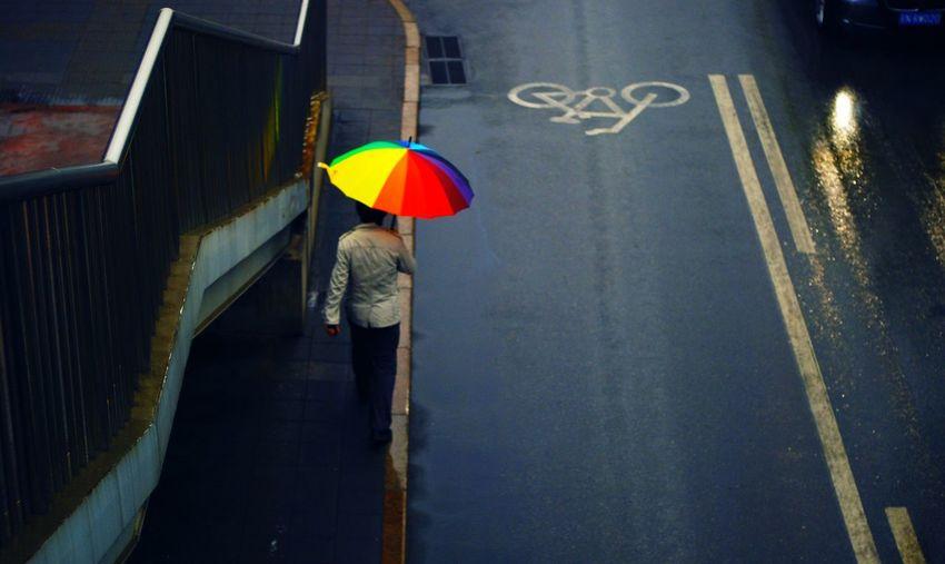 People Watching Walking Around Hello World Streetphotography
