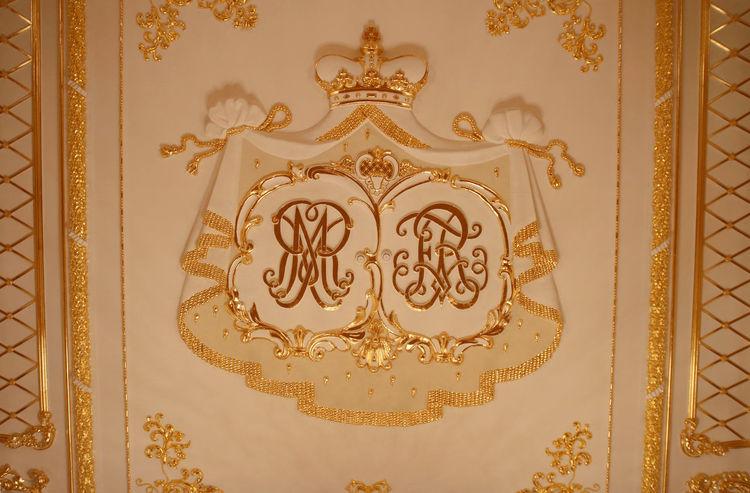 Gold Radzivills Family History Nesvizh Castle Royal Stucco