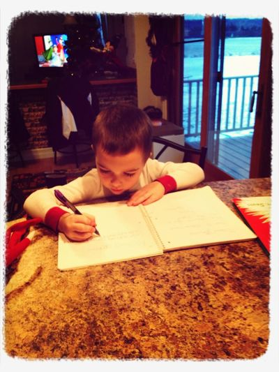 Writing A Last Minute Letter To Santa Asking To Download An App On The Ipad