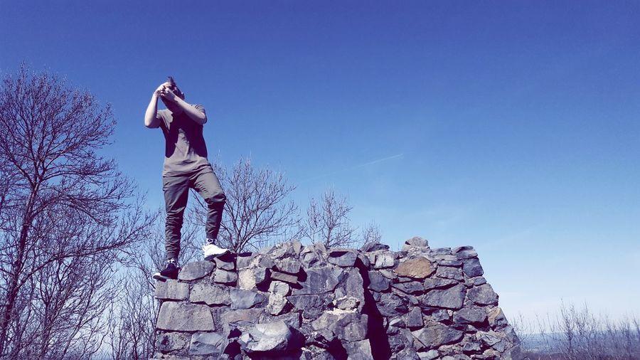 Brotherhood Ruins Castle Stone Sunnyday Brother Sportsman Full Length Men Adventure Athlete Blue Sky Climbing Wall Bouldering Free Climbing Agility Go Higher