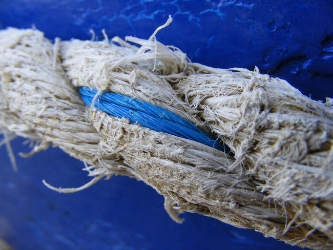 Blue Boat Day Focus On Foreground Part Of Reef Rope Sea Spoiled Tranquility