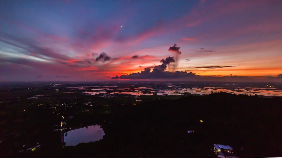 Dawn Beauty In Nature Cloud - Sky Horizon Horizon Over Water No People Orange Color Sky Water