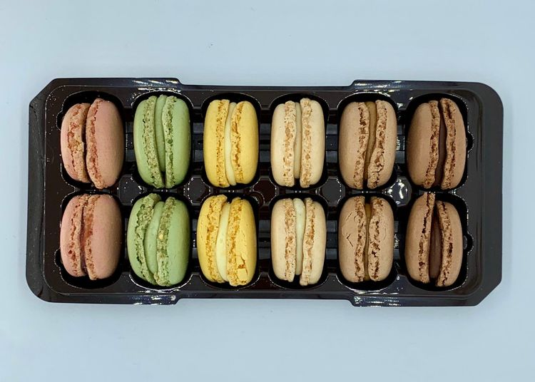 Macaroons Lover Macaroon Macaroons Indoors  Food And Drink Studio Shot Food Still Life Indulgence Directly Above Temptation Freshness No People Sweet Food Sweet Unhealthy Eating Ready-to-eat Dessert Arrangement White Background Close-up Baked Side By Side