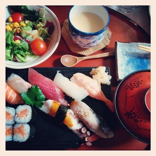 Sushi Hungry Love Food happy