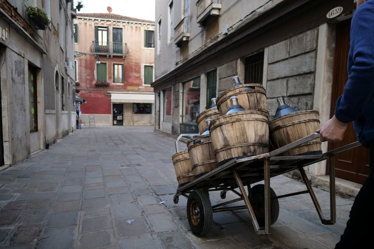 Wine Streetphotography Venezia Italy City Street Architecture Building Exterior Built Structure Old Town Townhouse Town The Art Of Street Photography The Street Photographer - 2019 EyeEm Awards