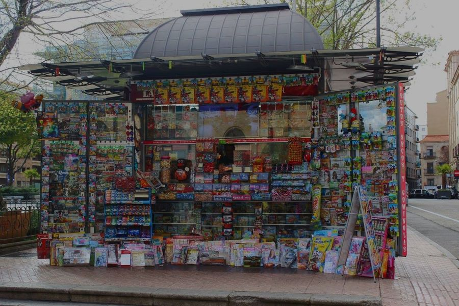 Edicola spagnola SPAIN Trip Street Colorful Picoftheday