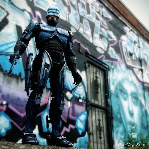 Graffiti is not a crime citizen.. Admire and move along please. Thank you for your cooperation. Ohiotoykick Ata_dreadnoughts Toysaremydrug _tyton_ Tcb_kindalate Starwarstoyfigs Toyelites Toyslagram_toyartistry_dual_feature Toyunion Toyrevolution Toyleaguestarwars Starwars Toyleague Toyplanet Toyartistry Anarchyalliance Rebeltoysclub Jj_toys Toycrewbuddies Toygroup_alliance Toyartistry_elite Toyphotography Toys4life Toyboners Toypics graffiti cincinnati streetart