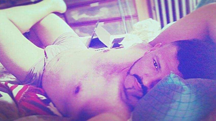 Hi :) That's Me Hi! Relaxing Face Bruh Manscruff Homme Hombre Man Gaynyc Gayswag Homoswag Bedhead Iwokeuplikethis Gayguy Beardedgay Eyes Gay