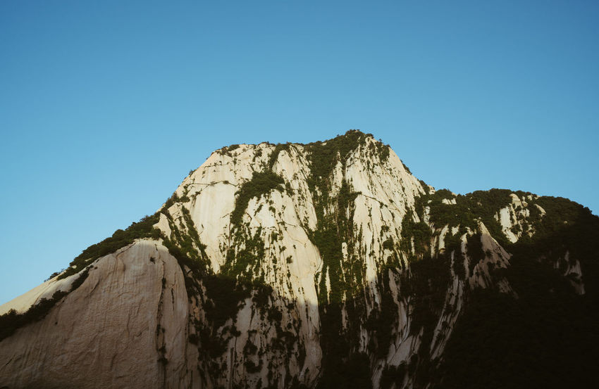 Hua Mountain Blue Sky China Hiking Light Mountain Scenics Shadow Sky
