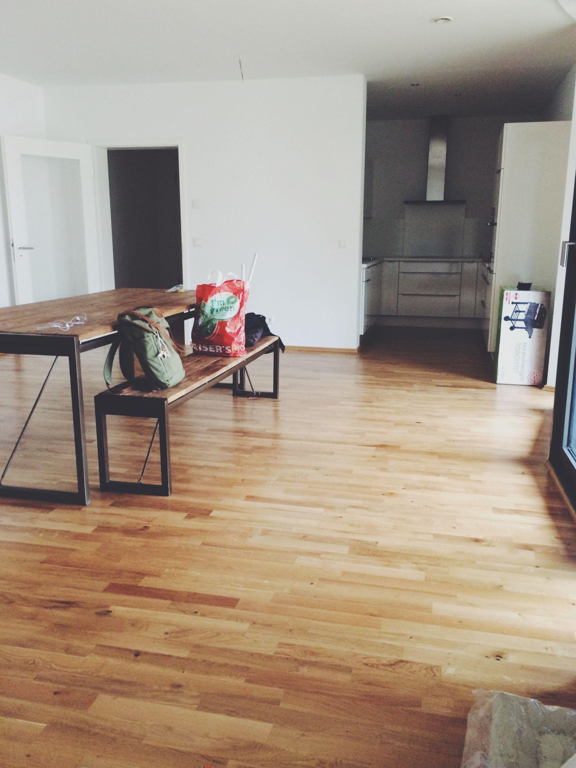 indoors, chair, empty, absence, architecture, built structure, table, flooring, wood - material, hardwood floor, furniture, home interior, no people, house, door, tiled floor, seat, day, sunlight, floor