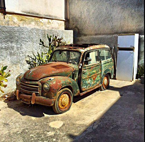 Summer Memories... Sicily ❤️❤️❤️ Oldschool Broken Car Flat Tire Just Best ❤️ Love It! <3