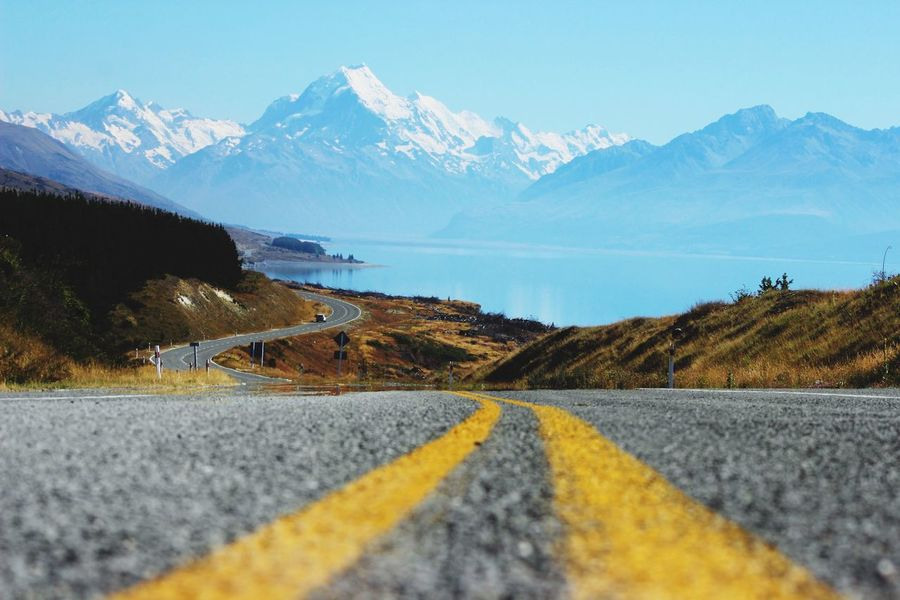 This is the road to mt Cook in New Zealand. Most amazing Place! We followed this Road on our worldtrip to amazing hikes and breathtaking views 💕 if i could Build a little hut right there.... WorldTrip Backpacking The Street Photographer - 2016 EyeEm Awards Worldtraveler The Essence Of Summer The Great Outdoors - 2016 EyeEm Awards Nature's Diversities Roadtrip Great Outdoors Mountains Landscape New Zealand Beauty New Zealand Landscape New Zealand Scenery Lake Neuseeland New Zealand Mt Cook The Following Peters Lookout Feel The Journey Original Experiences On The Way Dramatic Angles