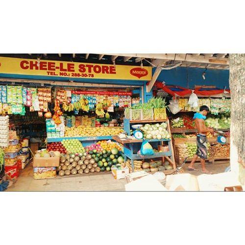 dmall 안에 있는 과일 가게들 🍌🍋🍐🍉 과일 탑이 탐스럽구낳🙈 Whitebeach 화이트비치 Boracay Paradise 보라카이여행 보라카이 여행 여행스타그램 우정여행 @yyyyhana