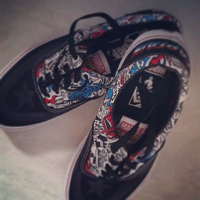 Just bought my Cap'n Murica' vans! 😎😎😎😎