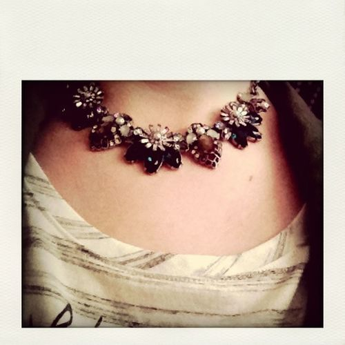 Beau Monde Collar Necklace. Wow. Stunning! Candi Get The Look Newfavorite www.chloeandisabel.com/boutique/whitneycollins ❤️