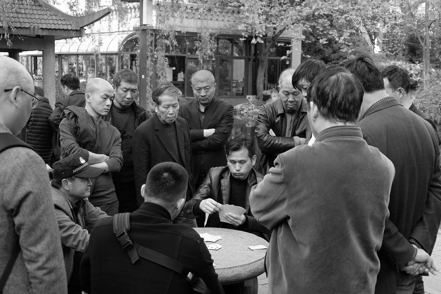 Black Jacks Playing Cards Poker Casino Outdoors Large Group Of People Men Women Real People Adult Adults Only Crowd People Day City Only Men Park FreeTime Gamblers Decisions Travel Destinations Shanghai, China Blackandwhite Live For The Story Money Blackjack The Photojournalist - 2017 EyeEm Awards Adventures In The City